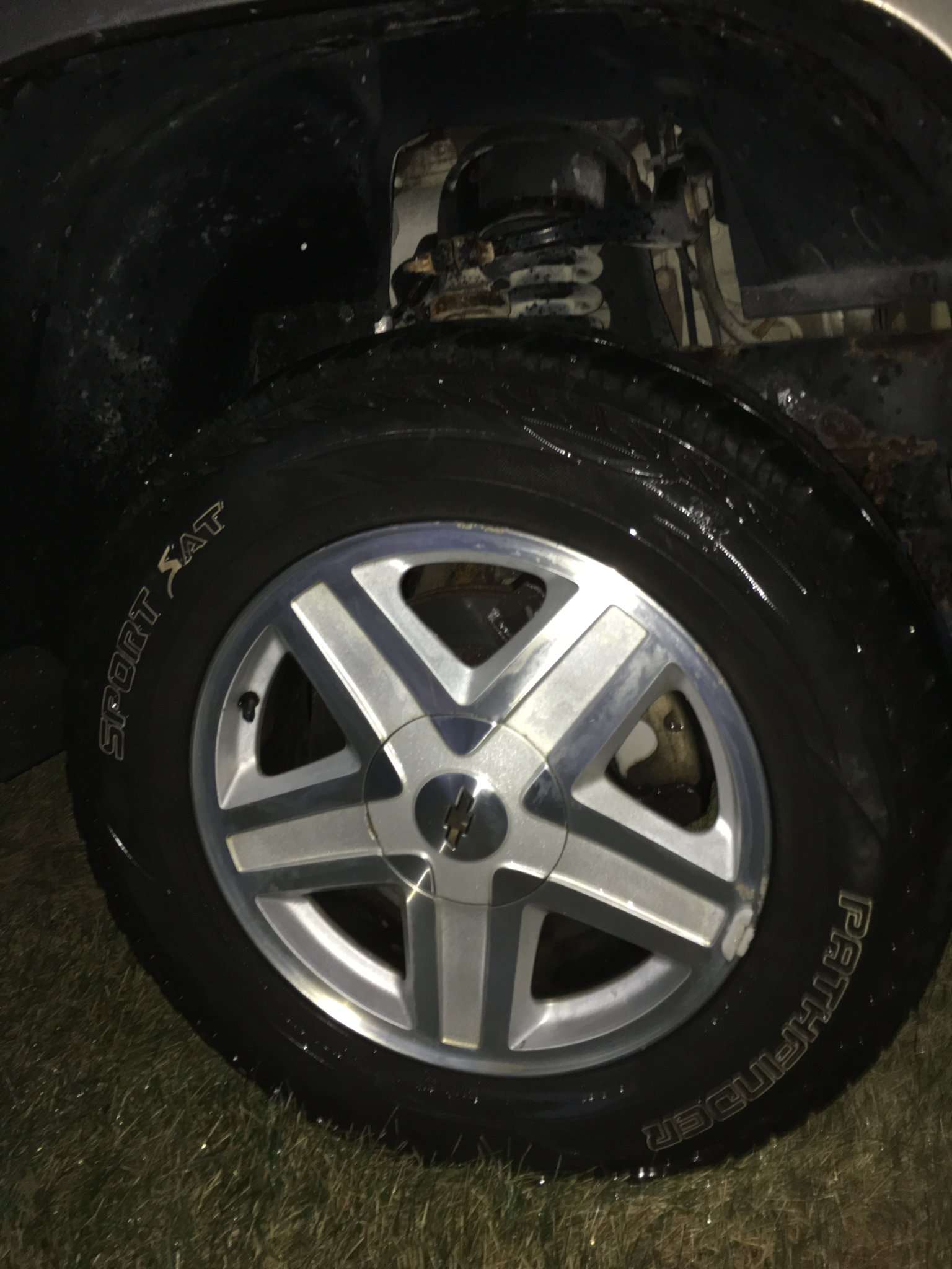 OEM Trailblazer Wheels.jpg